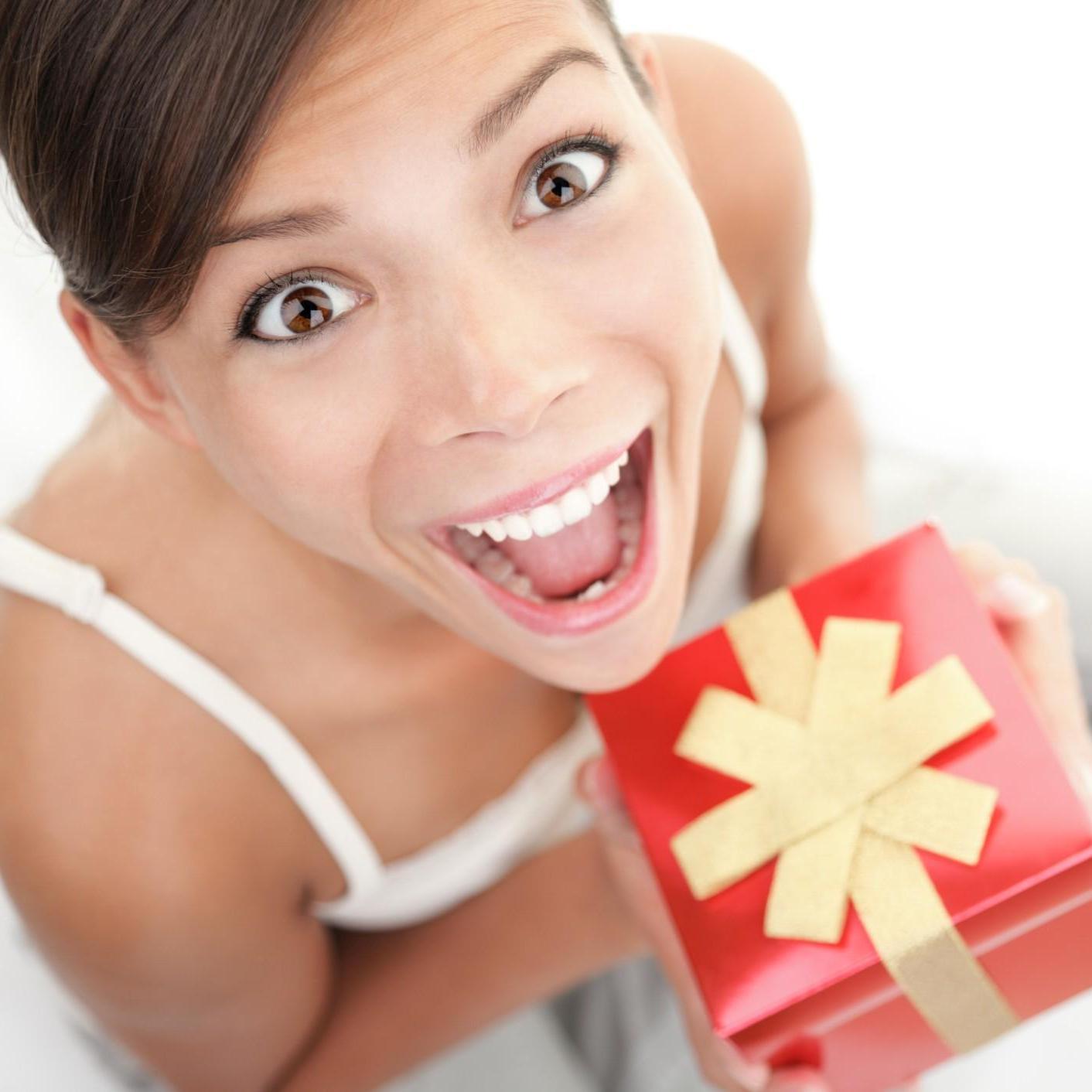 Как удивить девушку подарком фото